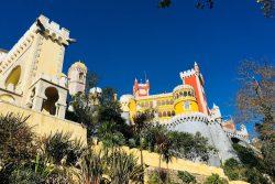 Descoperă castelele de poveste din Sintra